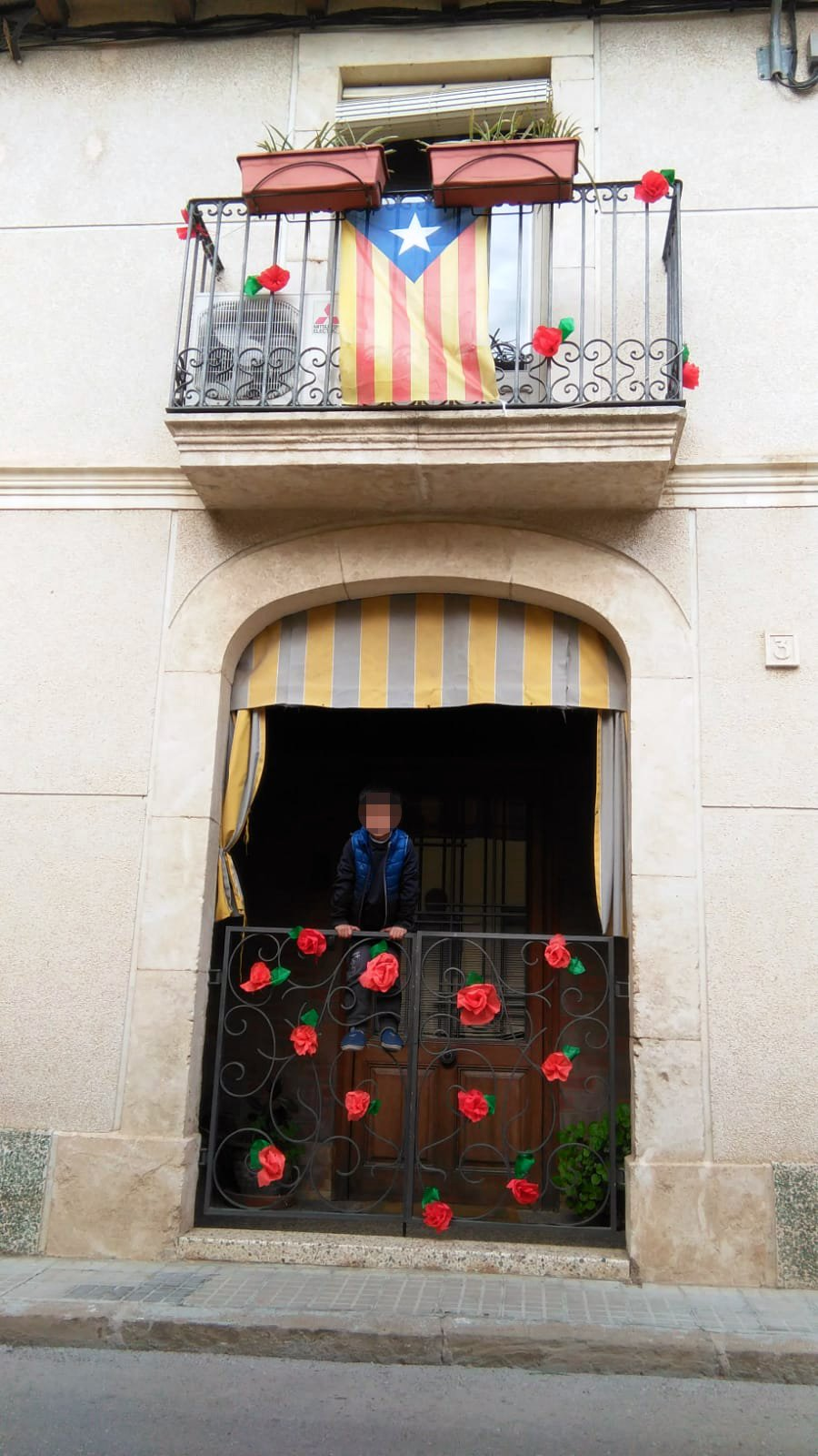 G- 2021 - Sant Jordi- Balcons Guarnits - 11